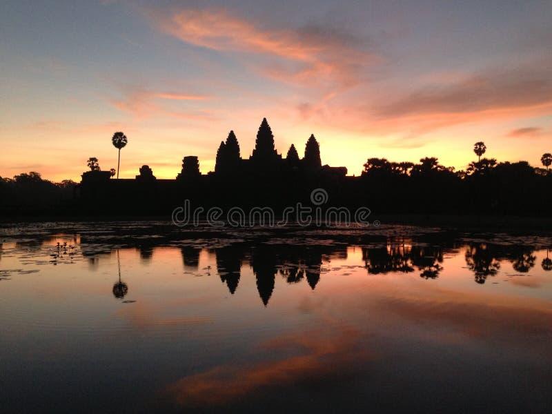 Salida del sol Angkor Wat Cambodia foto de archivo