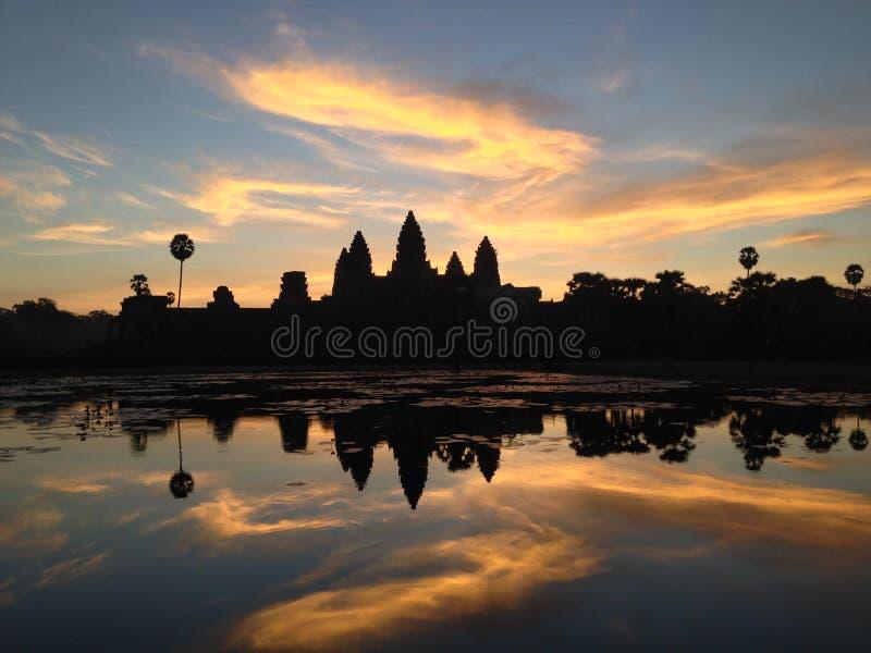 Salida del sol de Angkor Wat fotos de archivo libres de regalías