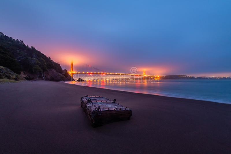 Salida del sol de Kirby Cove Beach fotografía de archivo libre de regalías