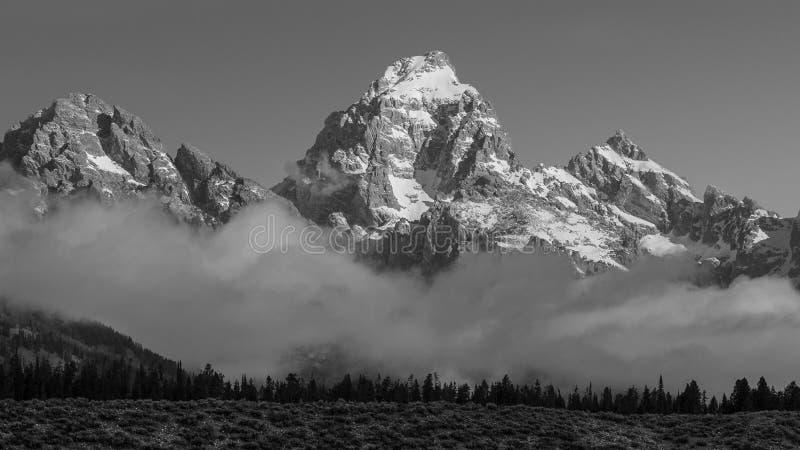 Salida del sol de Teton, niebla imagen de archivo libre de regalías