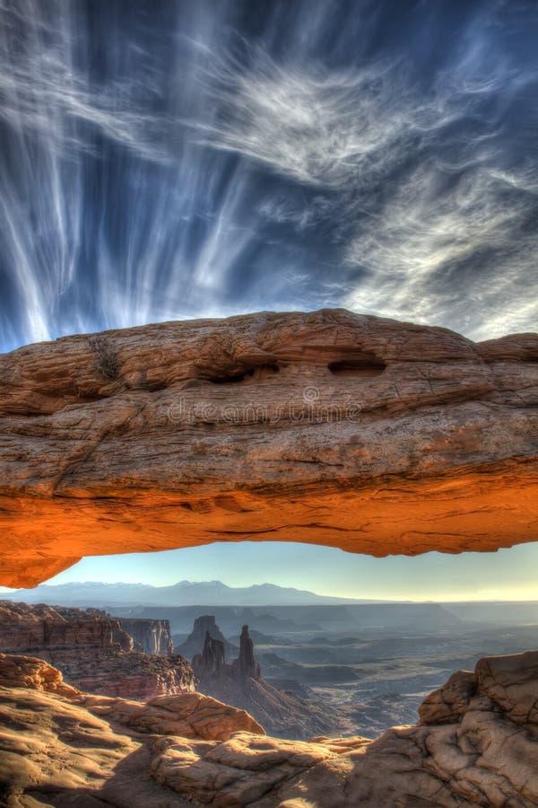 Salida del sol del arco del Mesa, parque nacional de Canyonlands fotos de archivo