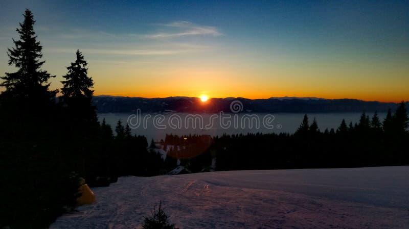 Salida del sol del invierno foto de archivo libre de regalías