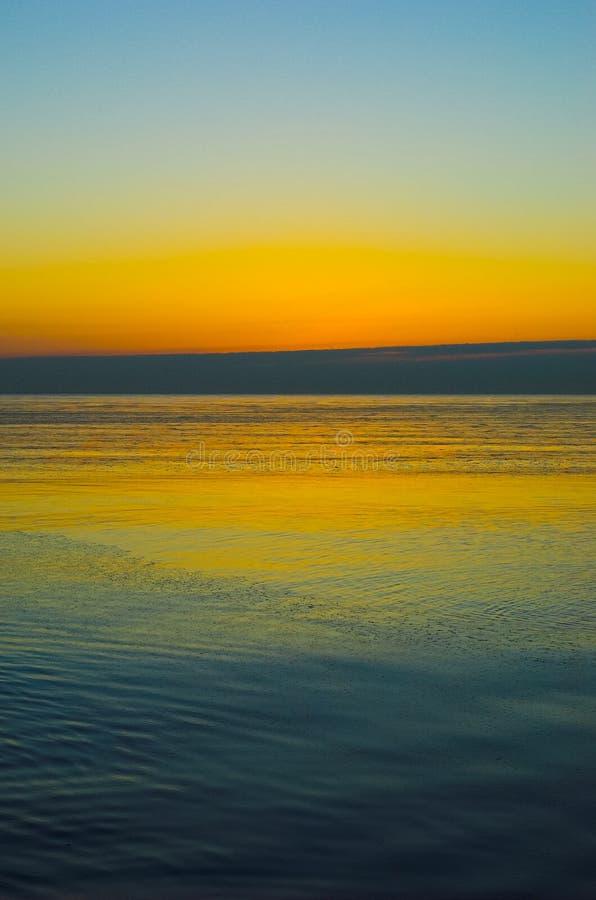 Salida del sol del lago Michigan foto de archivo libre de regalías