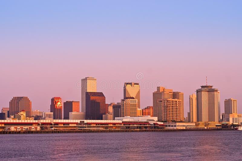 Salida del sol del paisaje urbano de New Orleans fotos de archivo libres de regalías