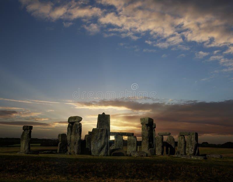 Salida del sol del solsticio de verano de Stonehenge fotografía de archivo libre de regalías