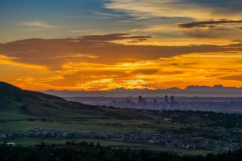 Salida del sol - Denver, Colorado imagen de archivo libre de regalías