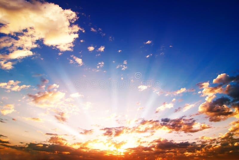 Salida del sol dramática fotografía de archivo libre de regalías