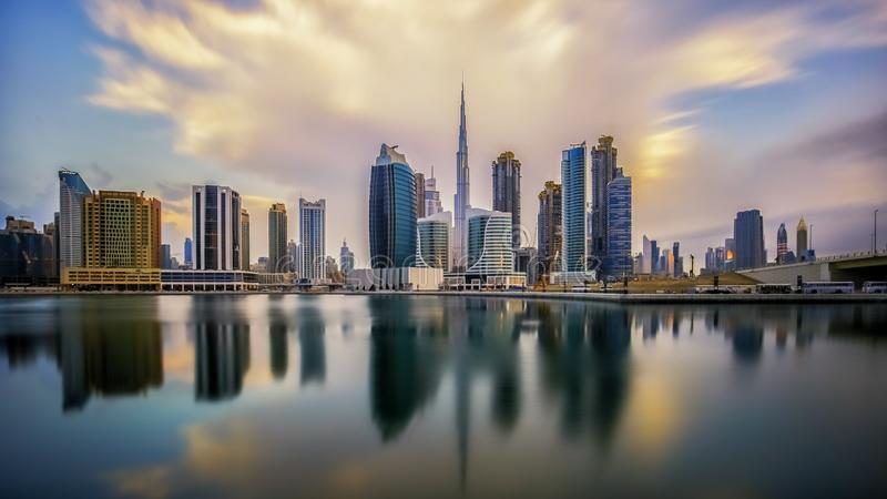 Salida del sol en Dubai foto de archivo libre de regalías