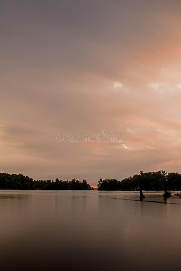 Salida del sol en el lago Buckhorn foto de archivo libre de regalías