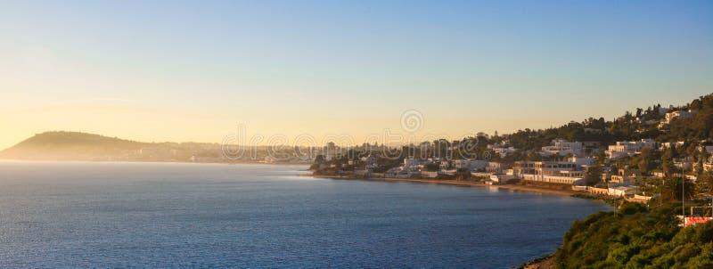 Salida del sol en el puerto de Cartago, Túnez imágenes de archivo libres de regalías
