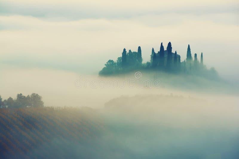 Salida del sol en Italia fotografía de archivo libre de regalías