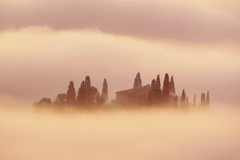 Salida del sol en Italia fotos de archivo libres de regalías