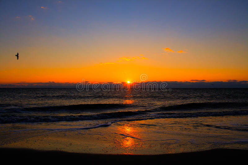 Salida del sol en la isla de Tybee fotografía de archivo libre de regalías