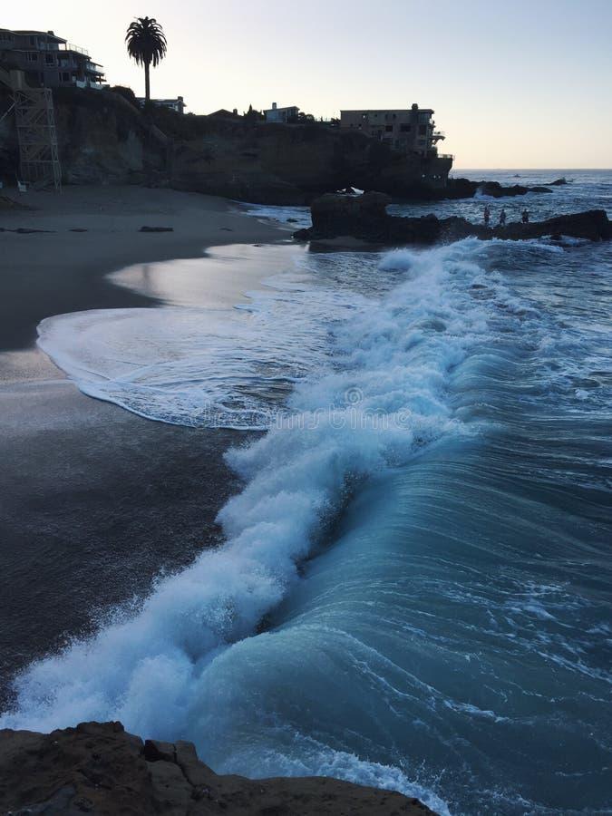 Salida del sol en la playa en California imagen de archivo libre de regalías