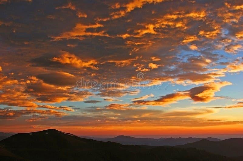 Salida del sol en Mt. Evans en Colorado imagen de archivo