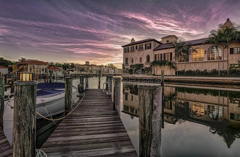 Salida del sol en Nápoles, la Florida imagen de archivo libre de regalías