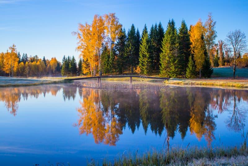 Salida del sol en otoño imágenes de archivo libres de regalías