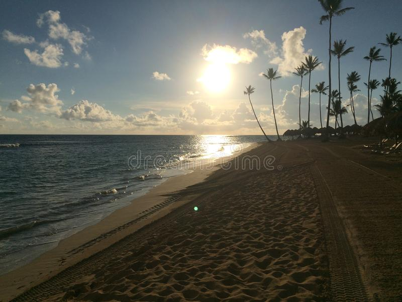 Salida del sol en Punta Cana foto de archivo libre de regalías