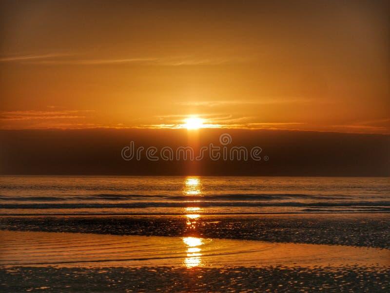 Salida del sol en Sunderland fotografía de archivo