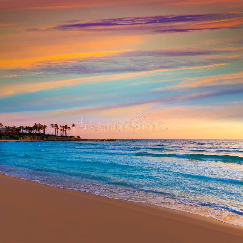 Salida del sol España mediterránea de la playa del EL Arenal de Javea imágenes de archivo libres de regalías