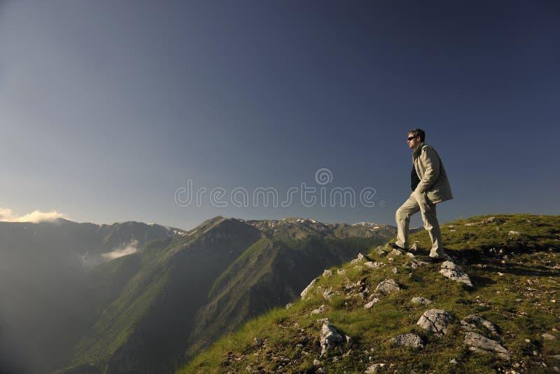 Salida del sol fresca en la montaña fotos de archivo libres de regalías