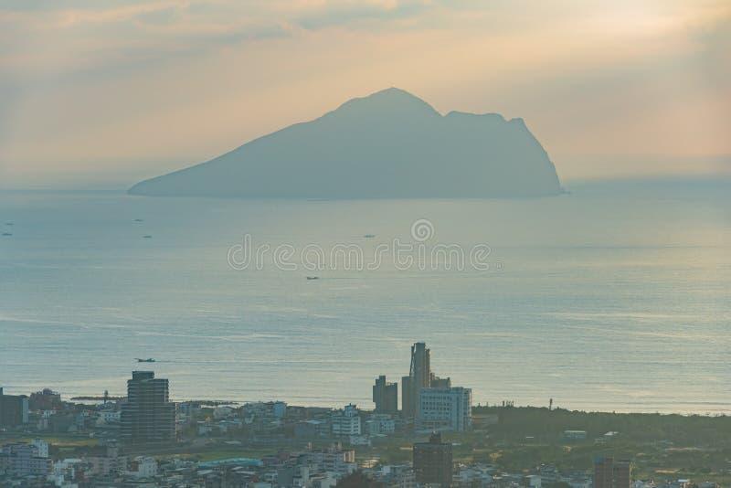 Salida del sol hermosa de la isla de Guishan foto de archivo libre de regalías