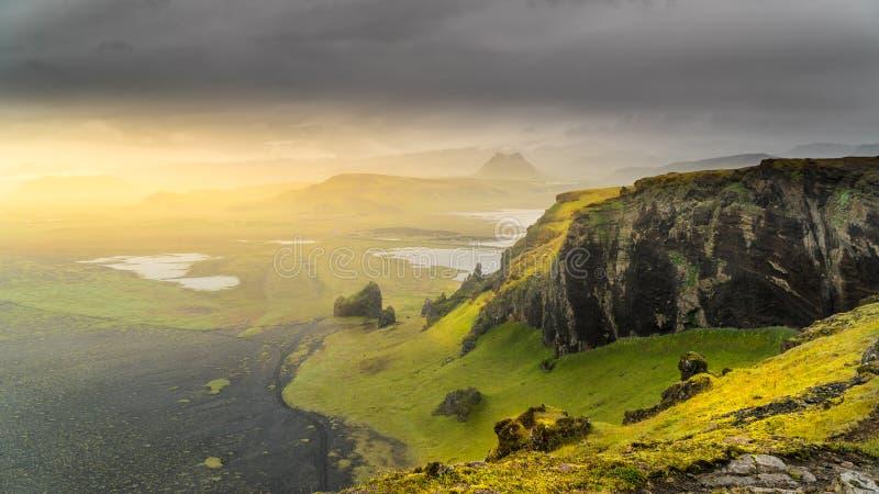 Salida del sol islandesa fotos de archivo