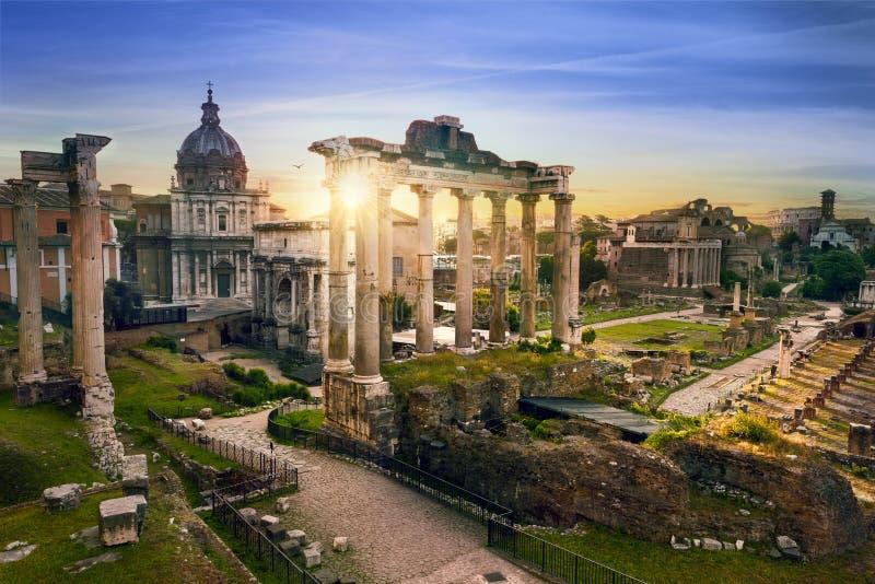 Salida del sol Italia de los BU de la ciudad de Roma fotos de archivo