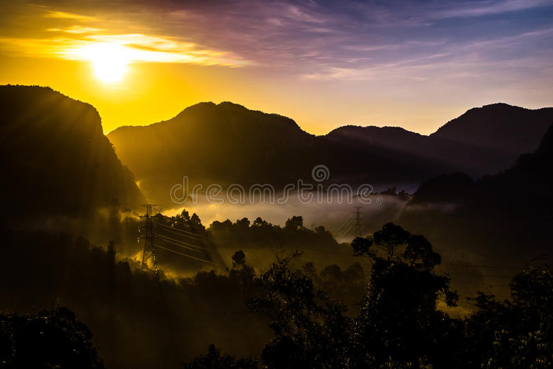 Salida del sol, Phang Nga, Tailandia imagenes de archivo
