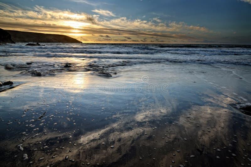 Salida Del Sol Por El Océano Foto de archivo libre de regalías