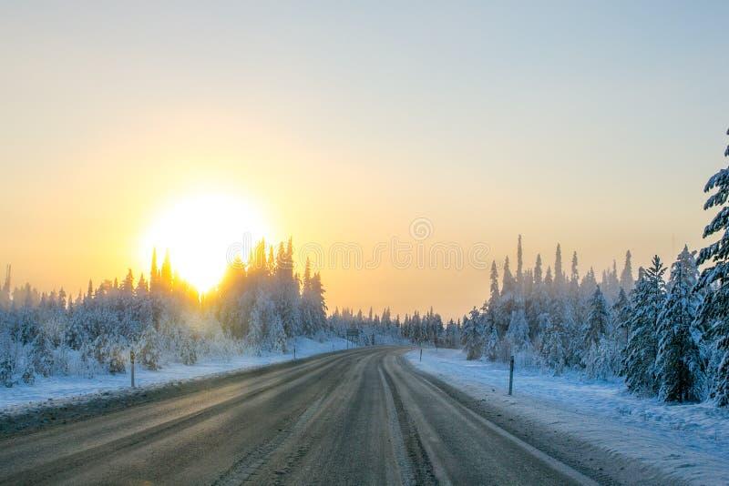 Salida del sol septentrional fotos de archivo libres de regalías