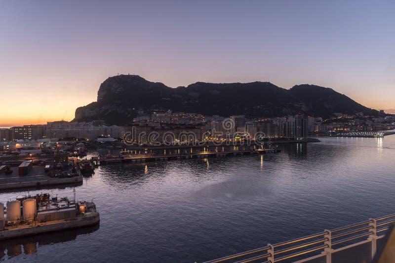 Salida del sol sobre Gibraltar imagen de archivo