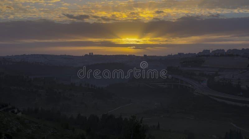 Salida del sol sobre Jerusalén imagen de archivo