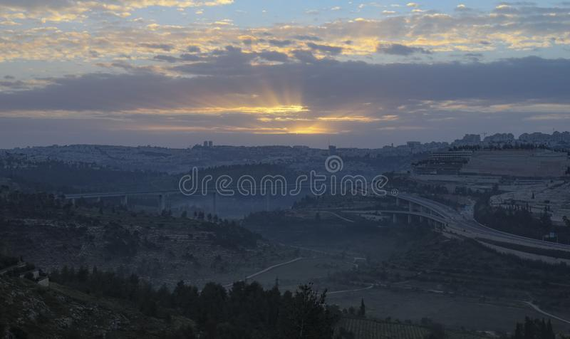 Salida del sol sobre Jerusalén imagenes de archivo