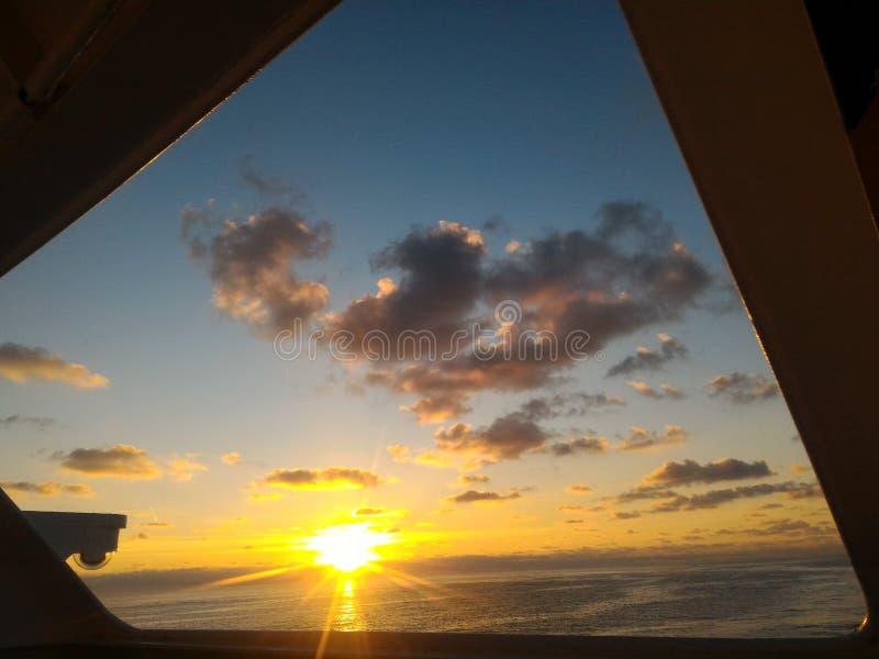 Salida del sol temprana fotografía de archivo