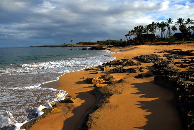 Salida del sol tropical de la playa fotografía de archivo libre de regalías