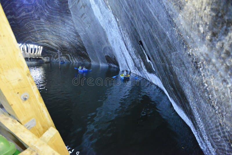 Salina Turda галереи солевого рудника в Румынии стоковая фотография