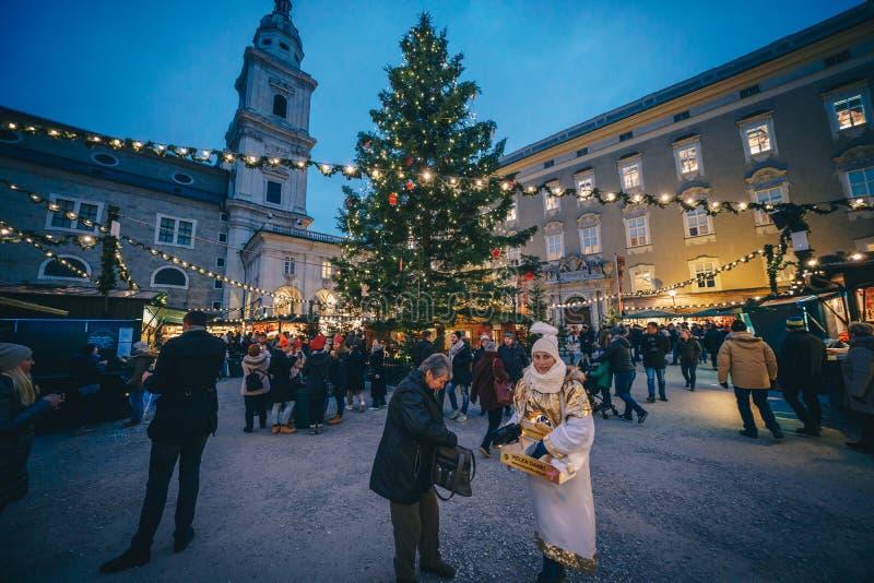 Salisburgo, Austria - dicembre 2017: Il mercato di Natale in Resid immagini stock libere da diritti