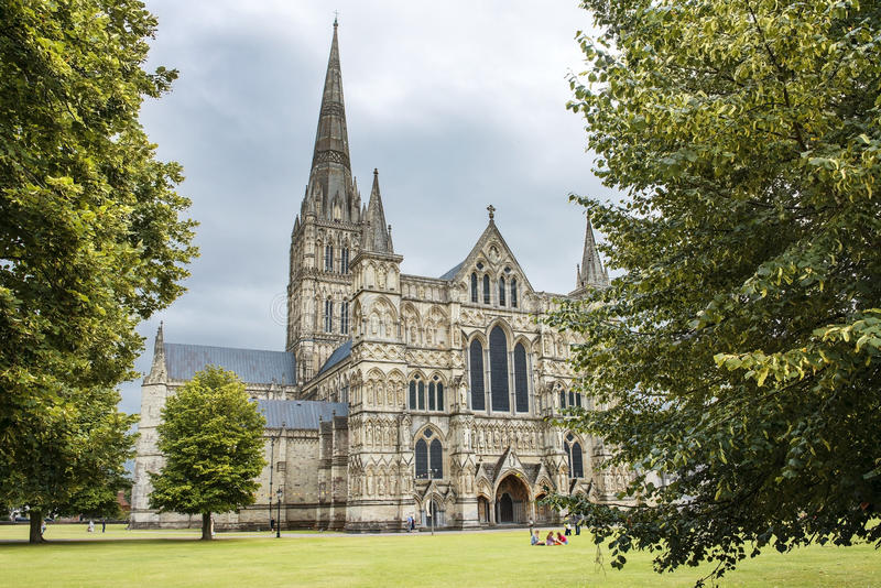 Salisbury Cathedral, anglican cathedral in Salisbury, England. Salisbury Cathedral, formally known as the Cathedral Church of the Blessed Virgin Mary, is an stock photos