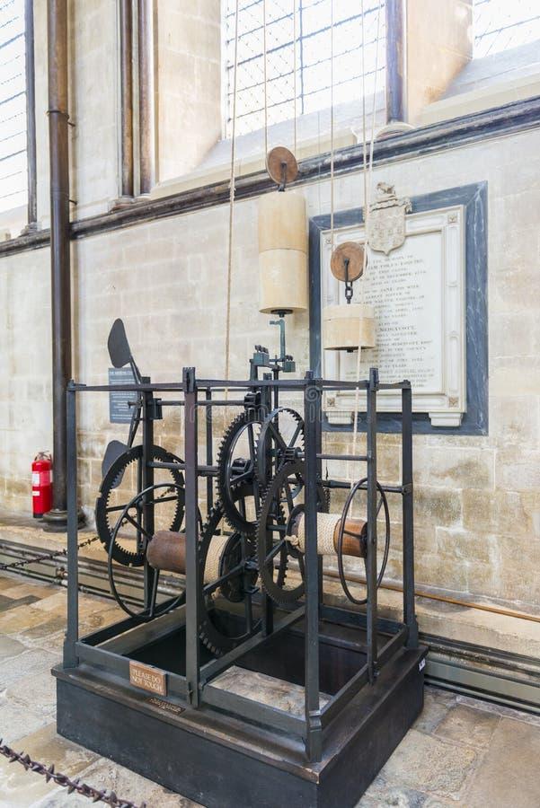 SALISBURY, HET UK - 17 AUGUSTUS: De de Kathedraalklok van Salisbury is stock foto's