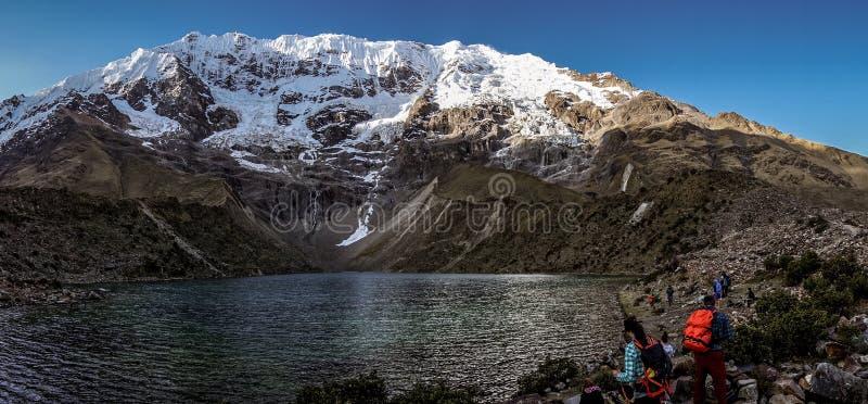 Salkantay bergvandring, Peru royaltyfria foton