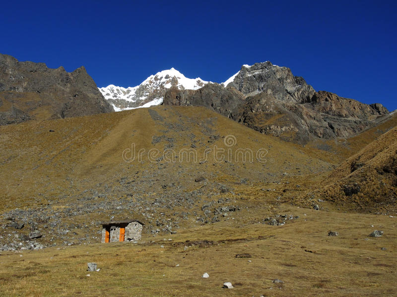 Salkantay Inca Trail em Cusco, Peru fotografia de stock