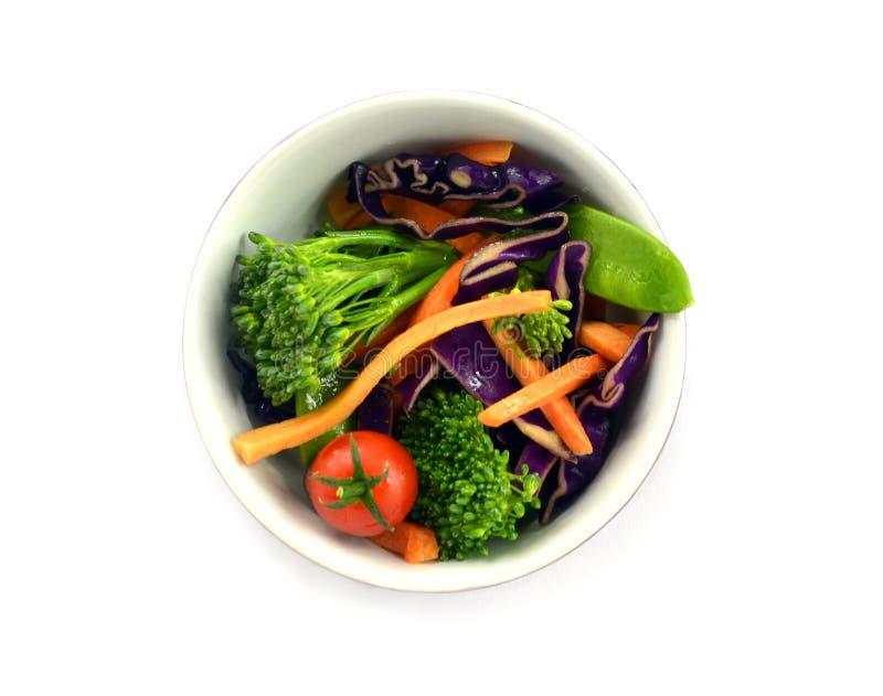 Sallad för rå grönsak i bunken arkivfoton