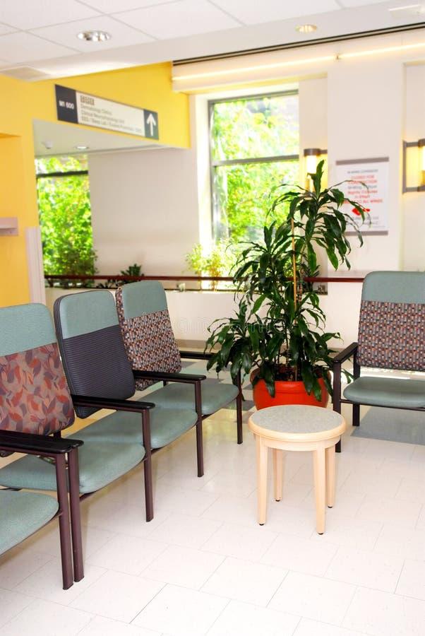 Salle d'attente d'hôpital image stock