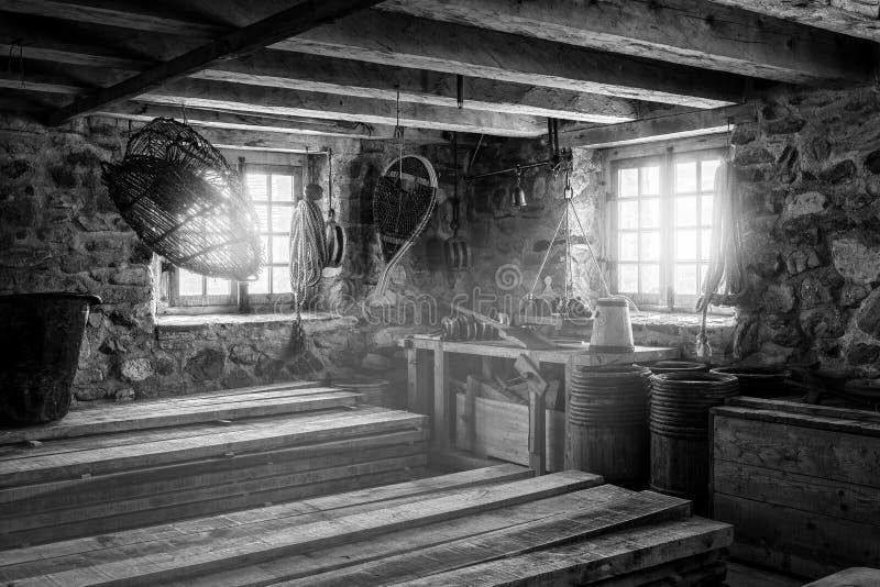 Salle d'entreposage de village de pêche photographie stock