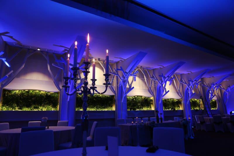 Salle de bal de mariage, couleur bleue image stock