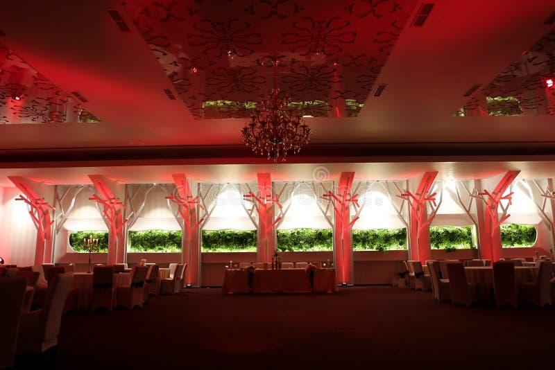 Salle de bal de mariage, couleur rouge photos stock
