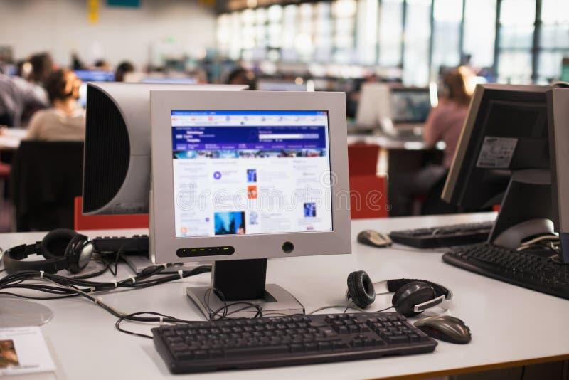Salle de classe d'ordinateur photos libres de droits