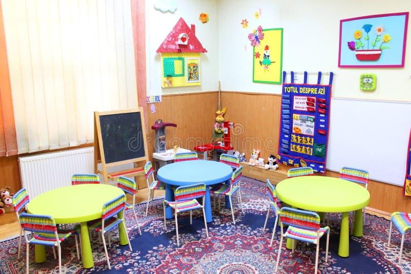Salle de classe de jardin d'enfants image stock