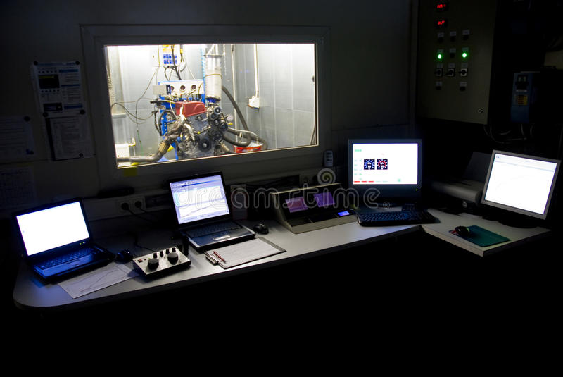 Salle de commande d'essai d'engine image libre de droits